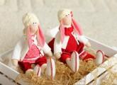 Кукольные зайцы вышли на прогулку…