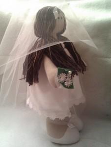 Кукла в подарок невесте